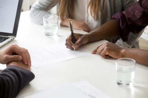 Ehevertrag: Sittenwidrigkeit und gerichtliche Wirksamkeits- und Ausübungskontrolle