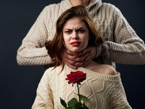 Gewaltschutzmaßnahme - eskalierende Gewaltproblematik nach Würgen der Ehefrau